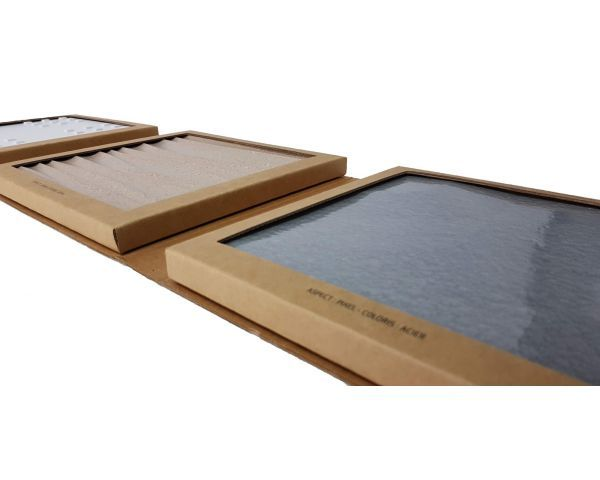 Sample folder for cladding systems
